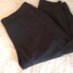 Chico's Capri Leisure Pants
